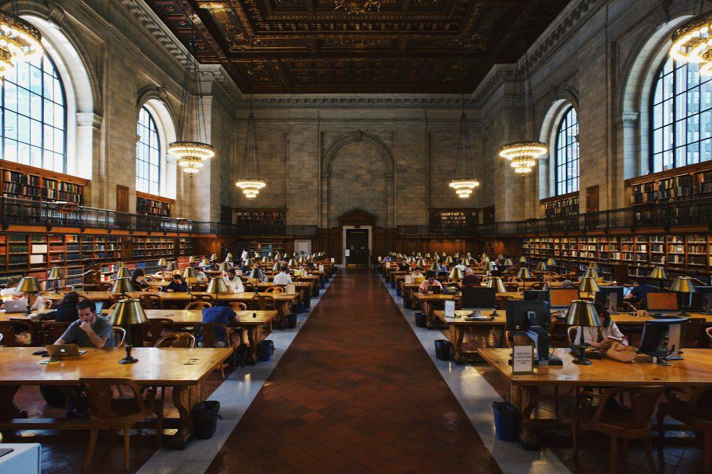 Estudiar En casa o en la biblioteca solo o en grupo-2